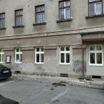 Výměna oken v kancelářích terénních pracovníků OSVZ v budově Guldova 67, Jaroměř – Josefov