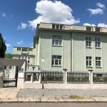Mateřská škola Lužická – oprava dveří a oken
