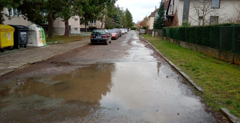 Stavební úpravy komunikace ul. Hrubínovy, Jaroměř